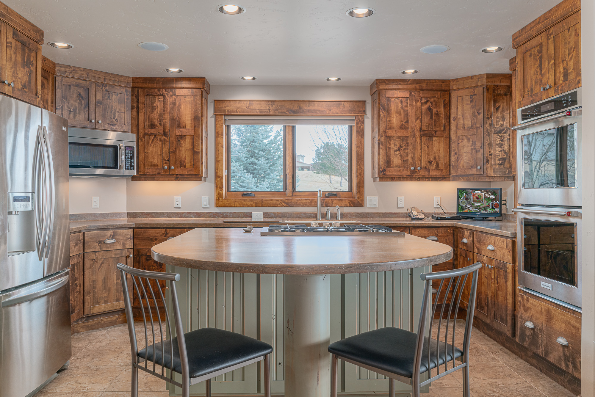 3300 Ivory Court, Montrose Real Estate