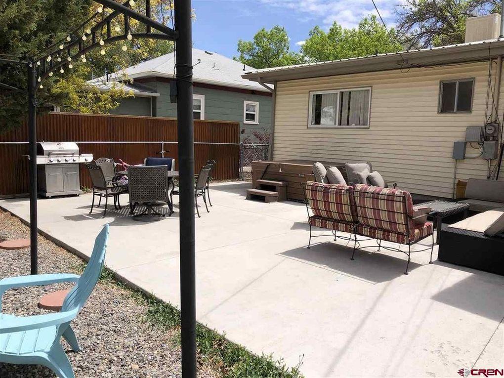 Backyard patio of 441 S 7th Street, Montrose