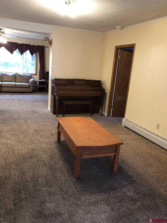 Living Room of 441 S 7th Street, Montrose